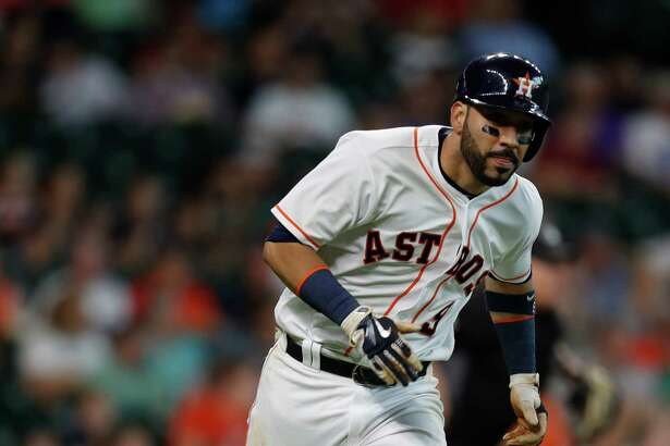 Houston Astros first baseman Marwin Gonzalez (9) runs as he flies out, and was injured running during the fifth inning of an MLB game at Minute Maid Park, Wednesday, Aug. 31, 2016 in Houston.