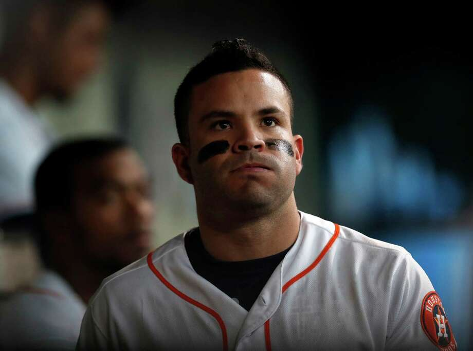 Jose Altuve is dealing with right calf discomfort after pulling up on Saturday's final play, the Astros announced after the game. Photo: Karen Warren, Houston Chronicle / 2016 Houston Chronicle