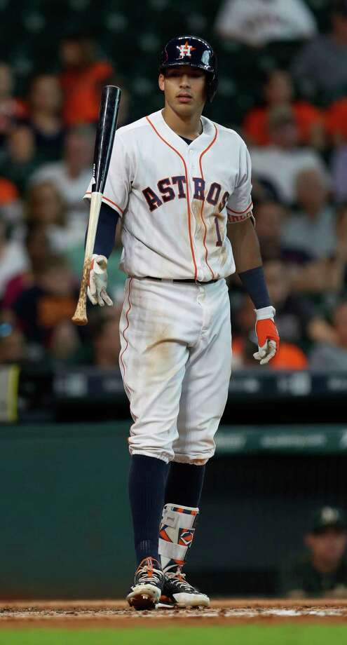 Astros shortstop Carlos Correa hasn't played since Tuesday because of soreness in his left shoulder. Photo: Karen Warren, Houston Chronicle / 2016 Houston Chronicle