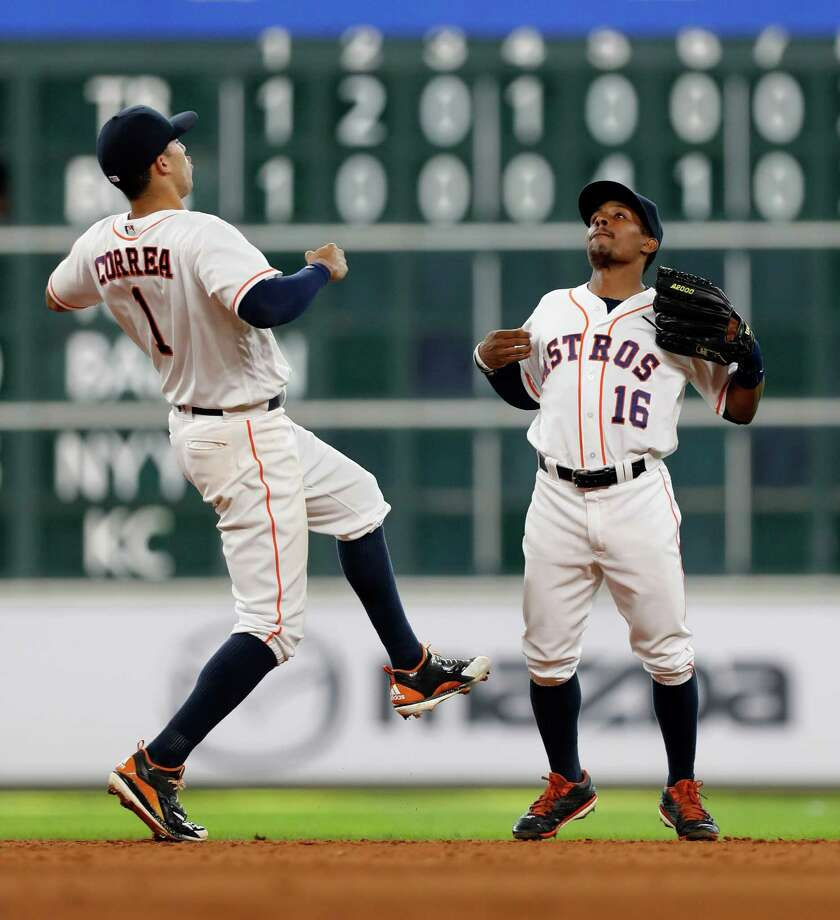 Houston Chronicle sports columnist Brian T. Smith discusses the Astros' ascension in the Wild-Card race as the regular season winds down. Photo: Karen Warren, Houston Chronicle / 2016 Houston Chronicle