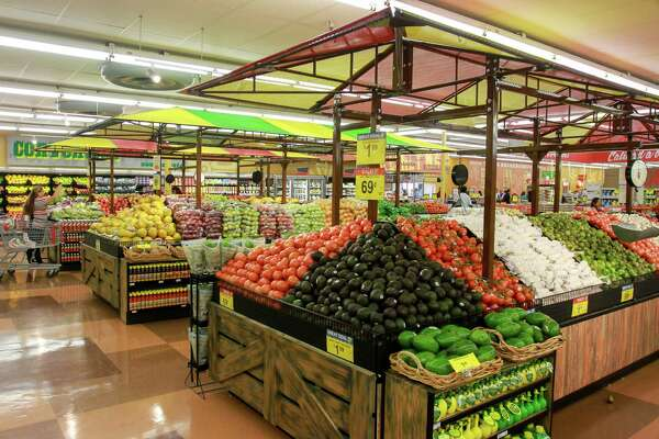 The produce section of the remodeled Fiesta on Wayside Drive. The store kicks off a remodeling program for other Fiesta stores.  (For the Chronicle/Gary Fountain, August 30, 2016)