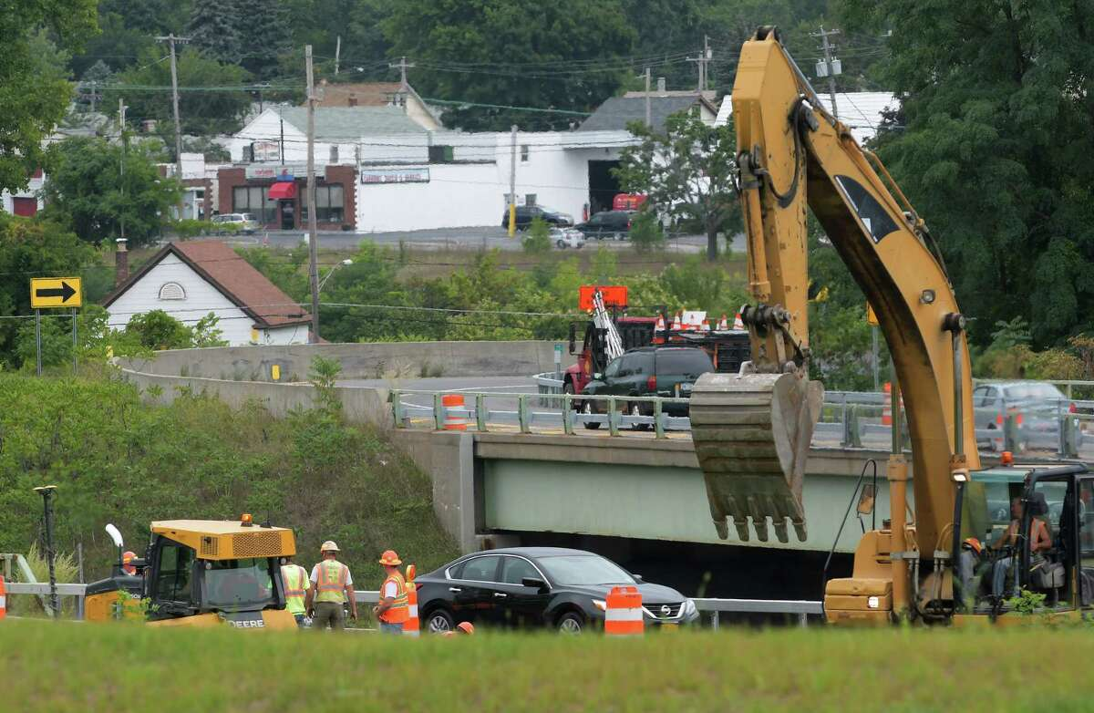 Construction work continues on Route 85 on Wednesday, Aug. 31, 2016, in Albany, N.Y. (Paul Buckowski / Times Union)