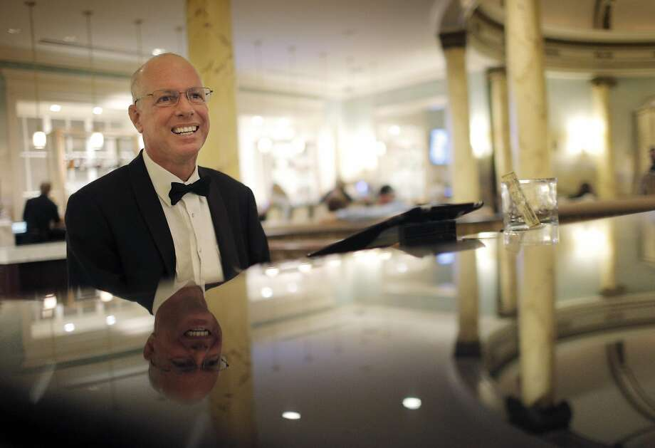 Michael Udelson, the last remaining union hotel pianist left in the city, plays Wednesday through Sunday at the Fairmont Hotel. Photo: Carlos Avila Gonzalez, The Chronicle