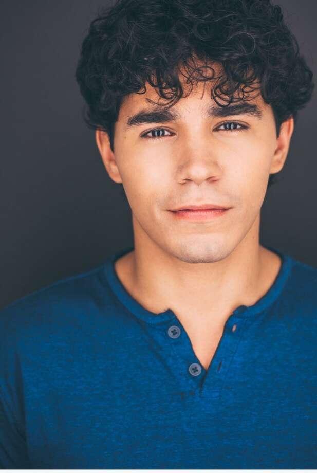 Actor Anthony Lee Medina stars as Usnavi