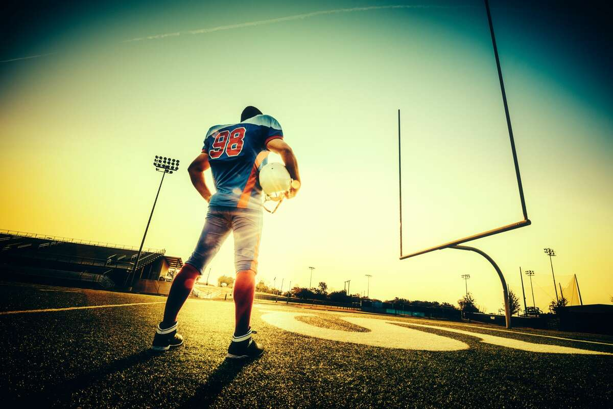 FACTS: Things to know about high school football in Texas With a new school year comes a new high school football season. From now until early November every Friday night in stadiums across Texas will be where dreams are dashed and dreams come true. >>>Learn more facts about Texas high school football...