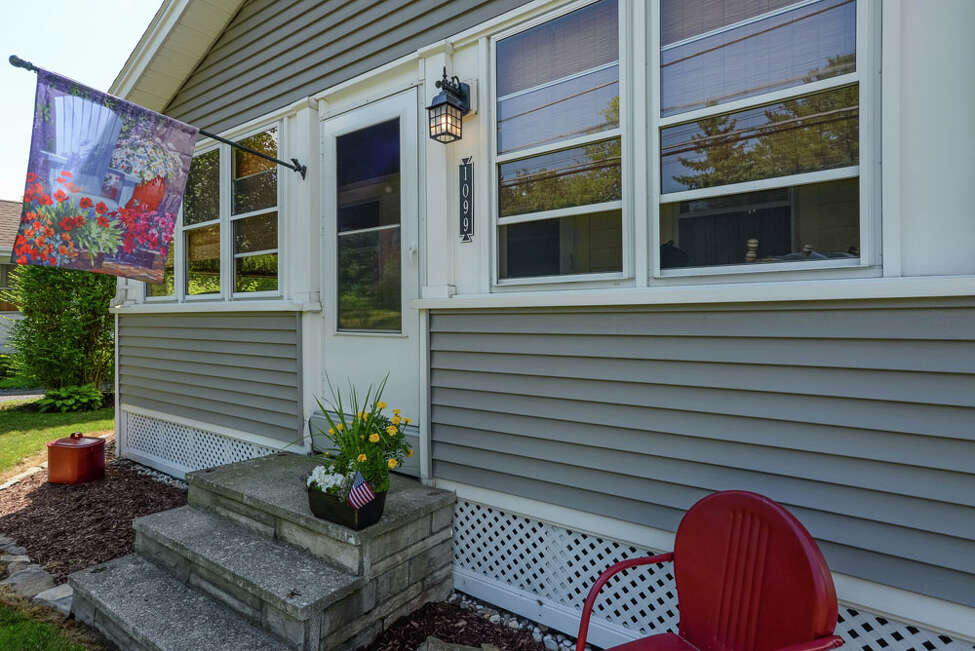 House of the Week: 1099 Delaware Turnpike, Delmar | Realtor: Judi Gabler from RealtyUSA | Discuss: Talk about this house