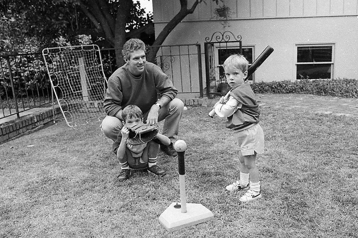 Mike Krukow and family in 1986.