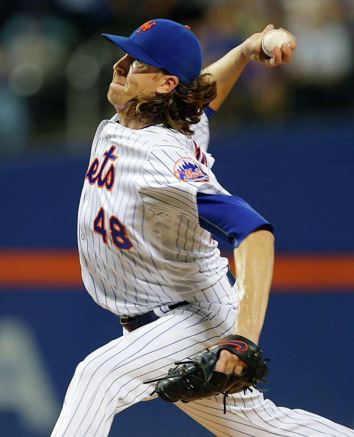 NEW YORK, NY - SEPTEMBER 01: Pitcher Jacob deGrom #48 of the New York Mets delivers a pitch against the Miami Marlins in the second inning at Citi Field on September 1, 2016 in the Flushing neighborhood of the Queens borough of New York City. (Photo by Rich Schultz/Getty Images) ORG XMIT: 607684419