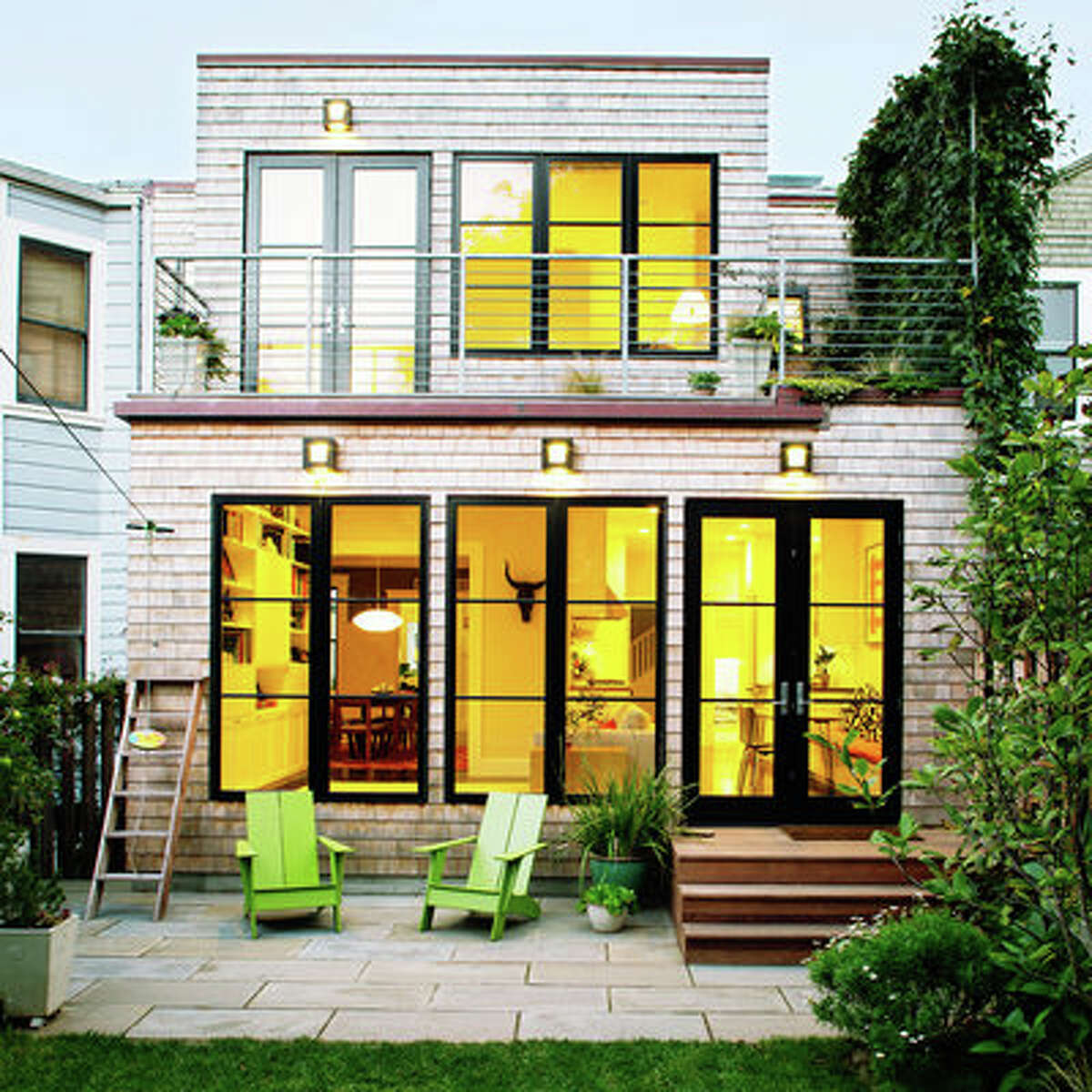 Before: Green remodel Green design was a given when sustainable contractor Jeff King and his wife, Margot Beall, started remodeling the San Francisco Edwardian they share with their kids. It needed a kitchen update, a family room, and a more open layout.
