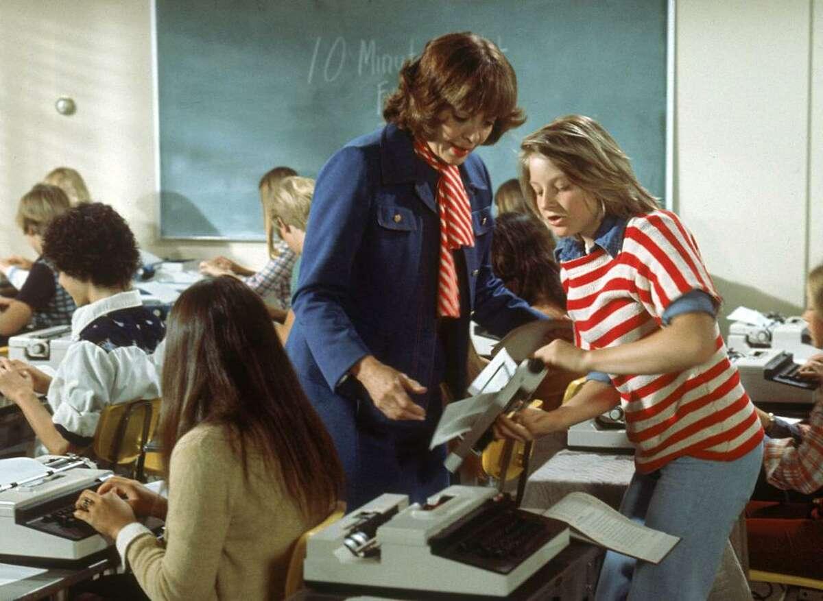 Freaky Friday (1976) vs. Freaky Friday (2003) Original'sRotten Tomatoes score: 71/100 Remake's Rotten Tomatoes score:88/100