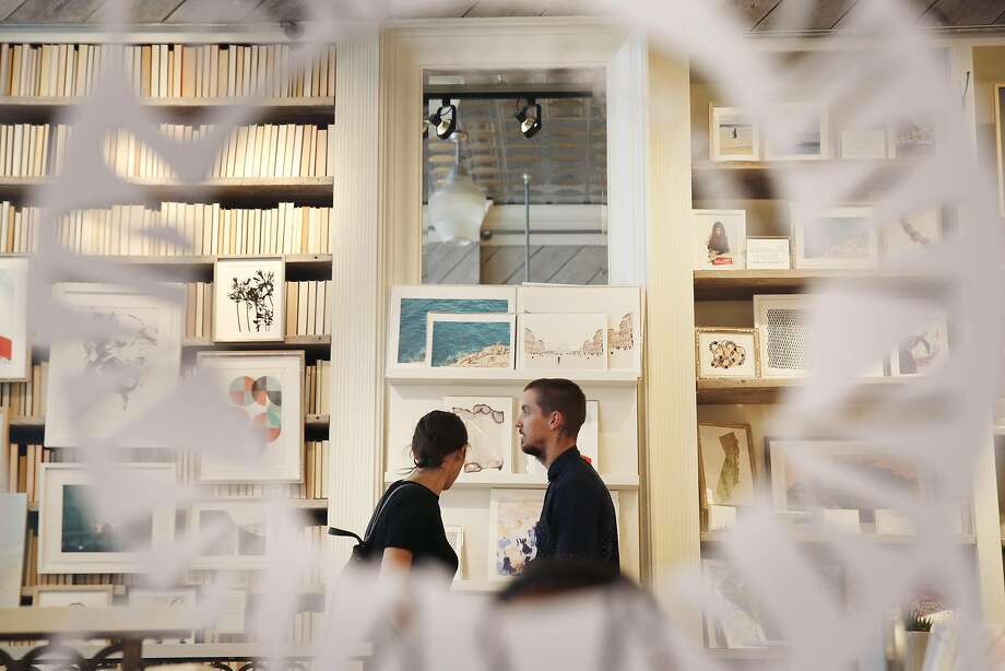 Sabina (l to r) and Evan Thompson, of San Francisco, �look over items in the store at Minted on Thursday, September 1,  2016 in San Francisco, California. Photo: Lea Suzuki, The Chronicle