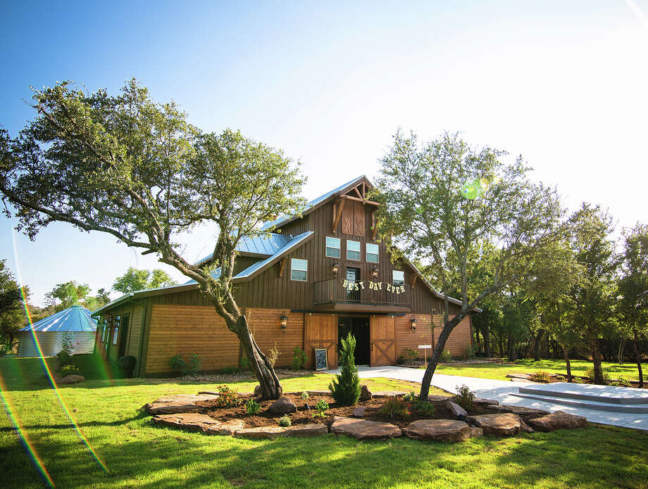 Barn Pros is based out of Washington and builds barns all over the country, many are located in Texas. Photo: Courtesy/Barn Pros