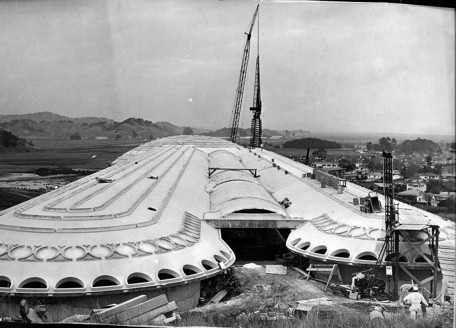 The 172 foot tower is being hauled into place at Marin County Civic Center designed by Frank Lloyd Wright Photographed 012/14/1961  Photo ran 12/18/1961,P. 4 Photo: Duke Downey / The Chronicle 1961