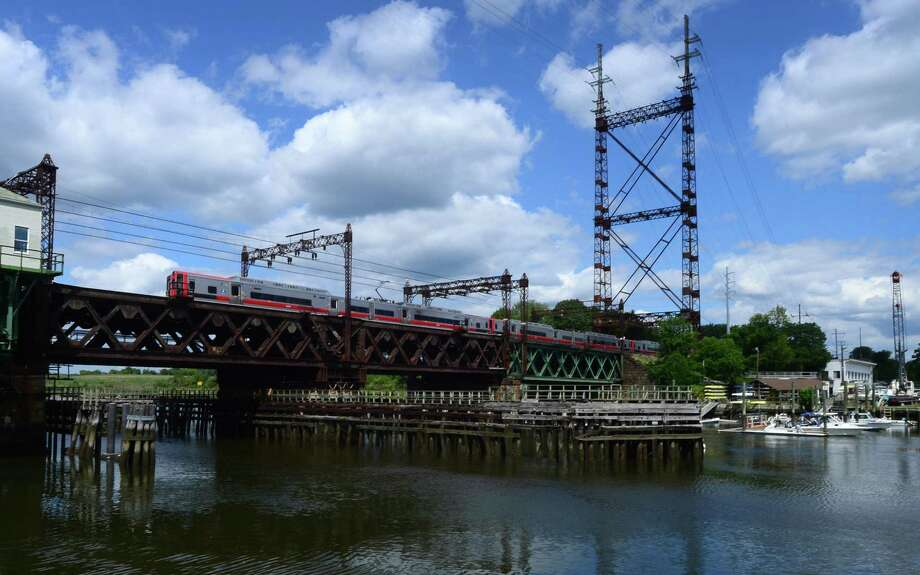The aging Metro-North Walk Bridge in Norwalk. Photo: Erik Trautmann / Hearst Connecticut Media / Connecticut Post