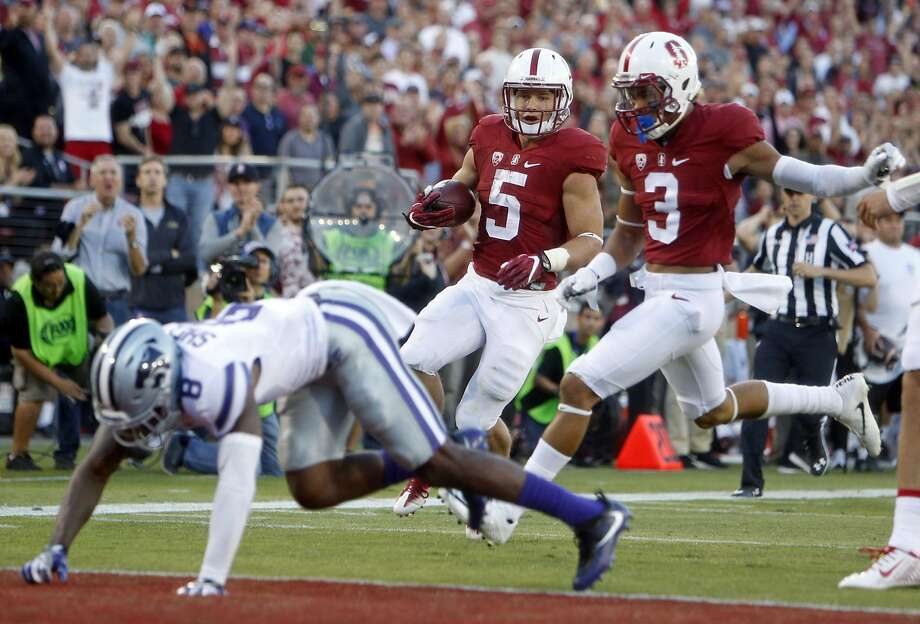 Stanford's Christian McCaffrey scores on a 35-yard run in 2nd quarter against Kansas State during college football game in Stanford, Calif., on Friday, September 2, 2016. Photo: Scott Strazzante, The Chronicle