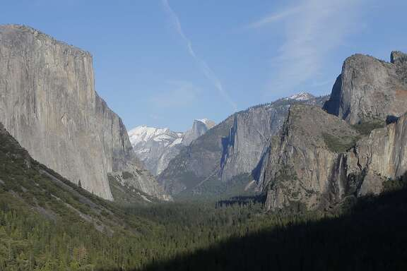 Classic lookout from Tunnel View on Highway 41 for Yosemite Valley, one of the most famous photo sites in America