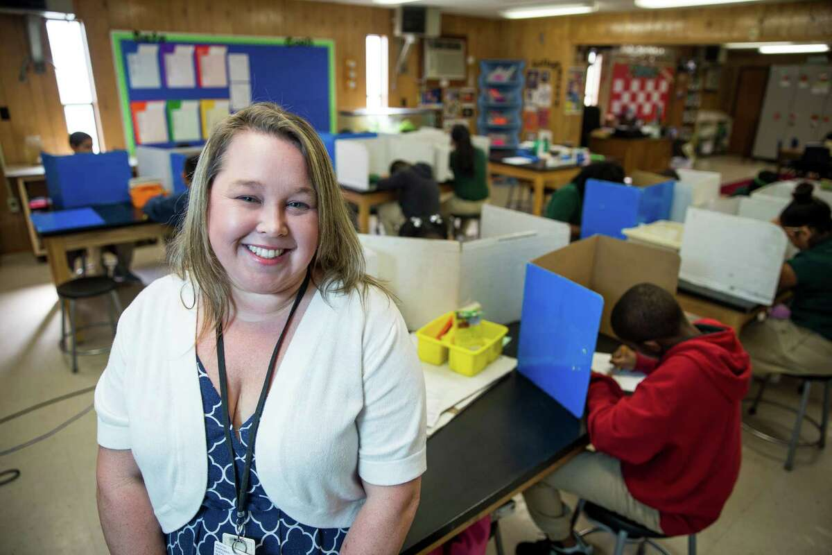 Hobby Elementary School fifth grade science lab teacher Lauren Paquette stands for a portrait Wednesday, August 31, 2016 in Houston. ( Michael Ciaglo / Houston Chronicle )