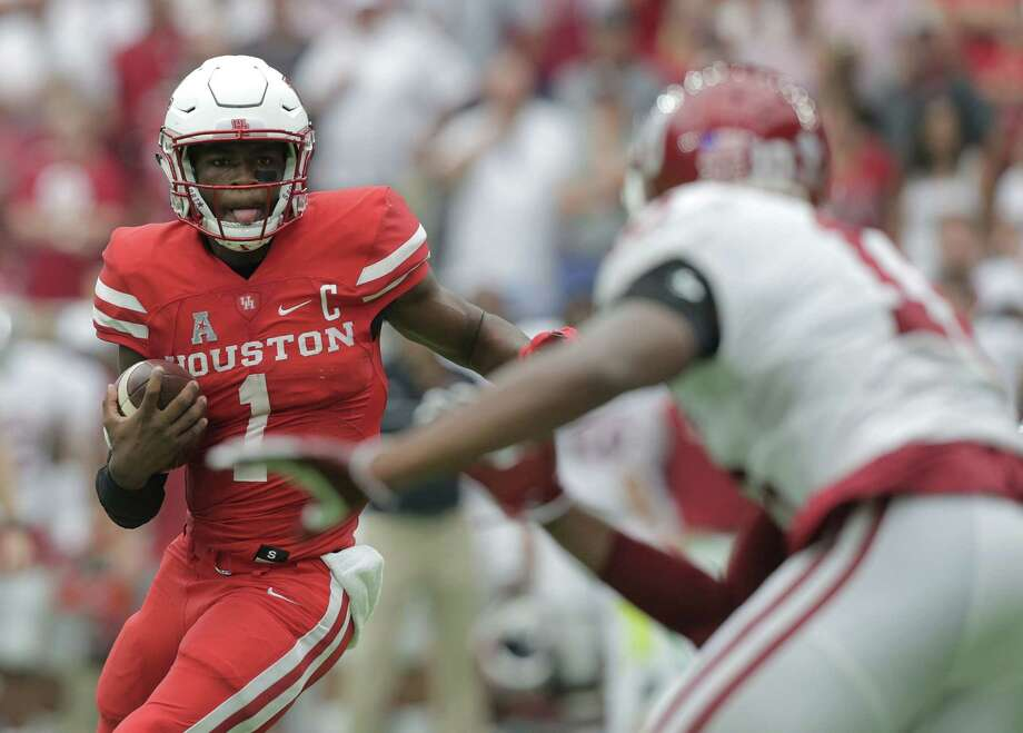 Connecticut at No. 6 Houston, 7 p.m. Thursday (ESPN)The Cougars face the only team that beat them in 2015. That narrow loss in Connecticut was the only game QB Greg Ward Jr. didn't start last season. Expect the Cougars to be plenty motivated in their second Thursday night nationally televised game in three weeks. Photo: Elizabeth Conley, Staff / © 2016 Houston Chronicle