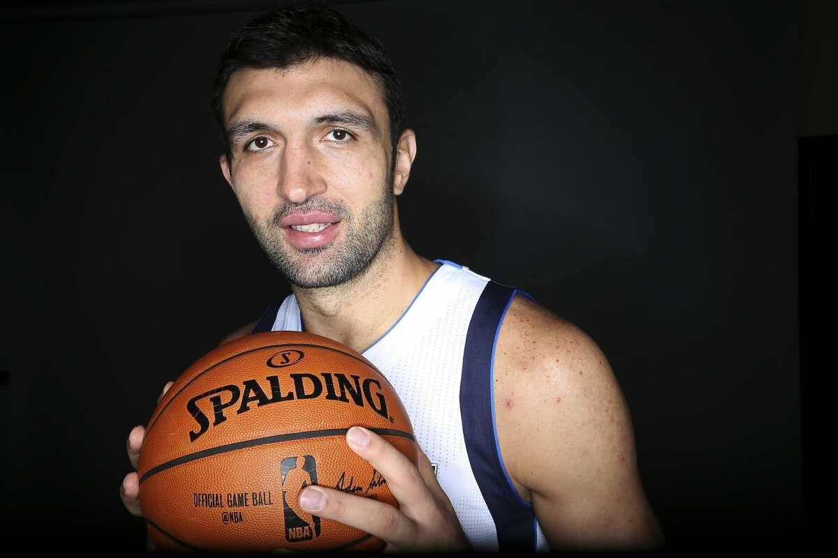 Dallas Mavericks center Zaza Pachulia poses for a photo during NBA basketball media day Monday, Sept. 28, 2015, in Dallas. (AP Photo/LM Otero)