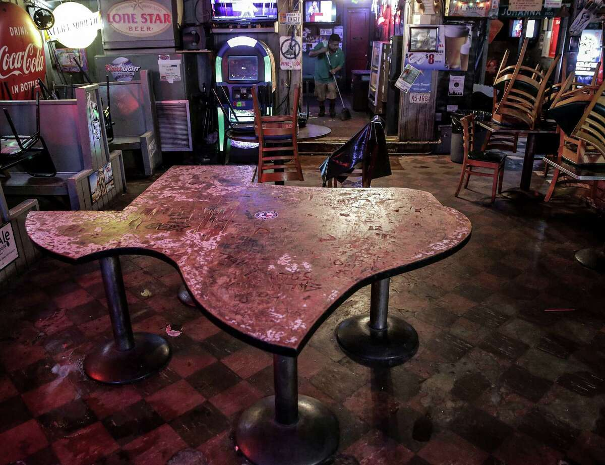 KAY'S LOUNGE The legendary bar's last day of business was Sunday, Sept. 4, 2016.