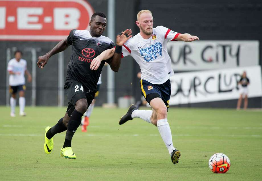 Franck Tayou fights for the ball during the first half of a USL soccer match between Arizona United SC and San Antonio FC, Sunday, Sept. 4, 2016, at Toyota Field in San Antonio, Texas. (Darren Abate/USL) Photo: Darren Abate, STF / Darren Abate/USL / Darren Abate Media, LLC