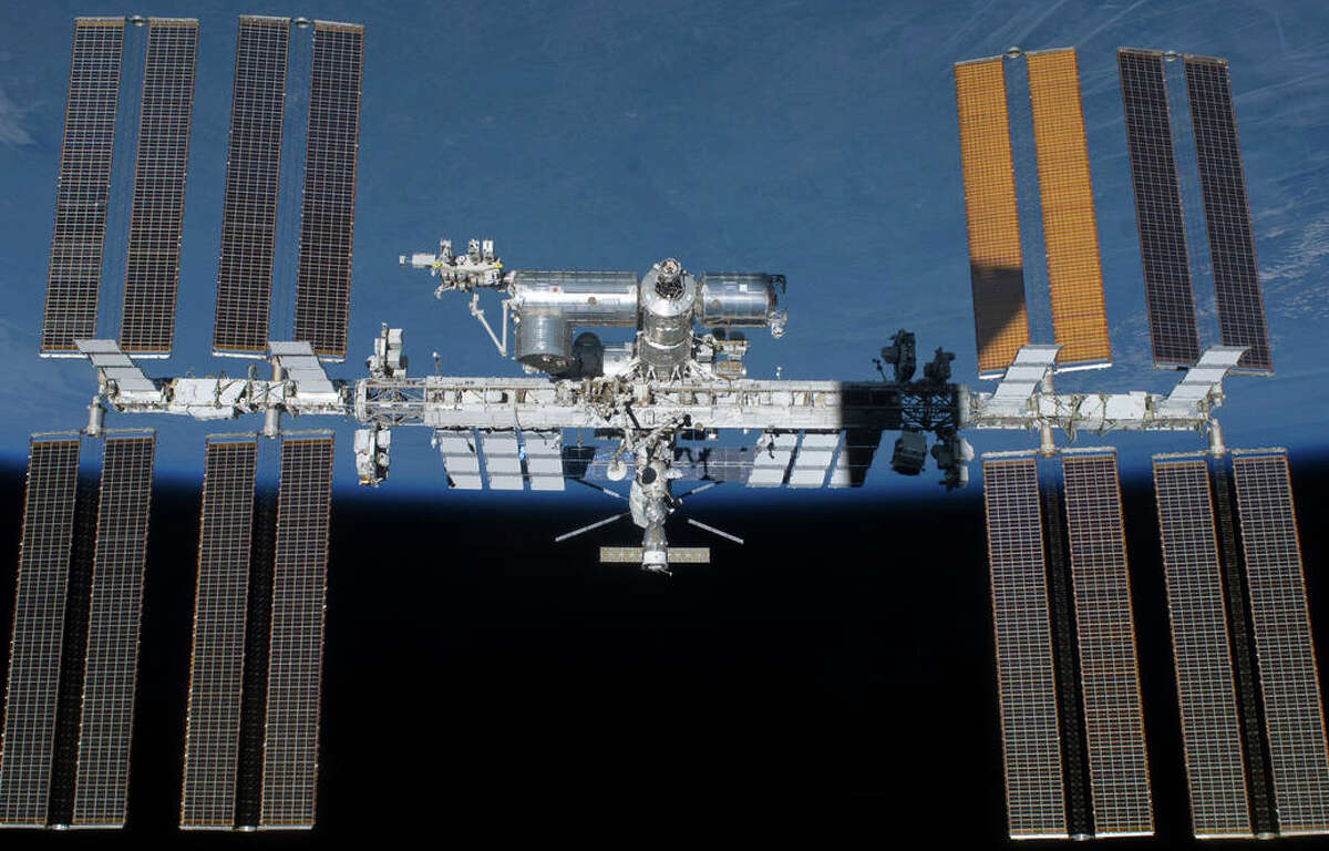 Fully assembled International Space Station, completed in 2011. Additional sections have since been planned for addition to the station. (Photo: NASA)