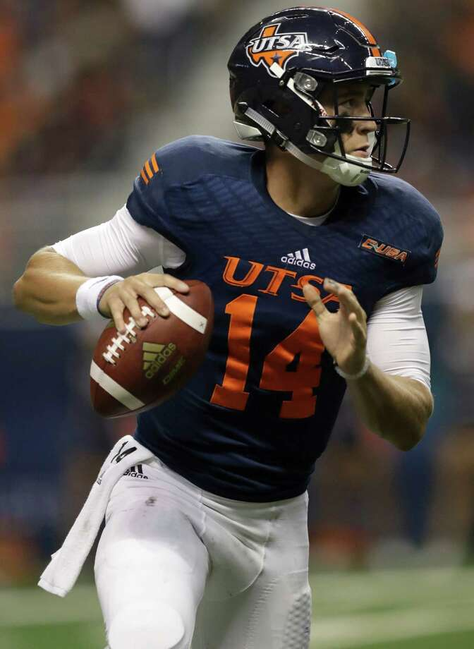UTSA quarterback Dalton Sturm looks to throw against Alabama State during the first half on Sept. 3, 2016, in San Antonio. Photo: Eric Gay /Associated Press / AP