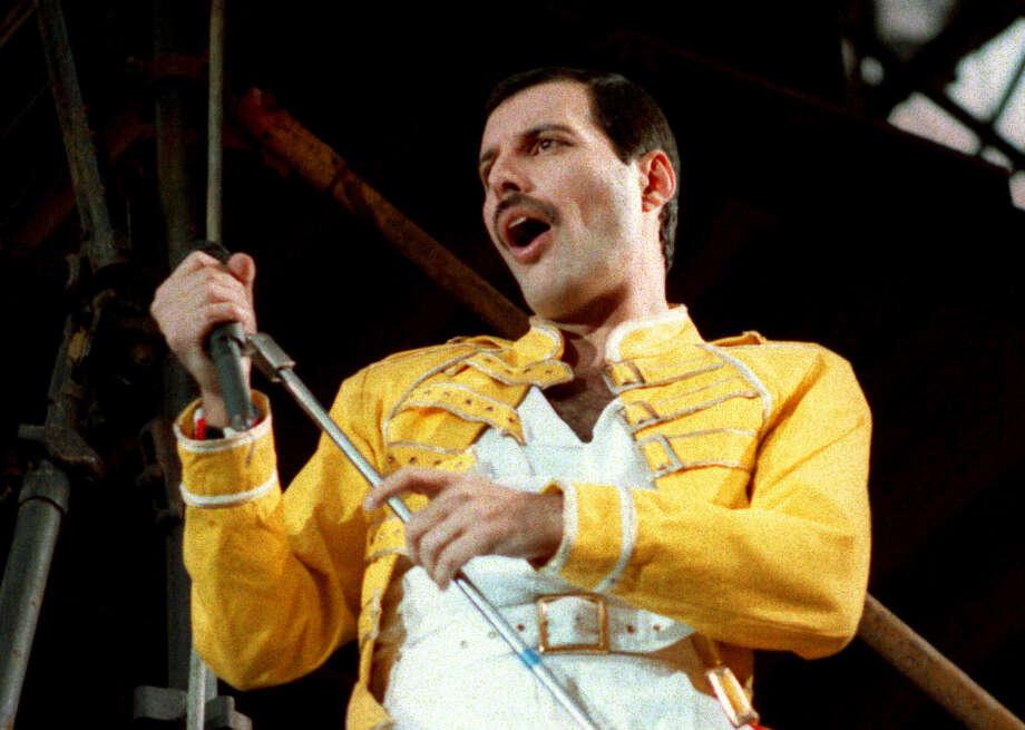 Queen lead singer Freddie Mercury in Germany, 1986. Photo: MARCO ARNDT / 1986 AP