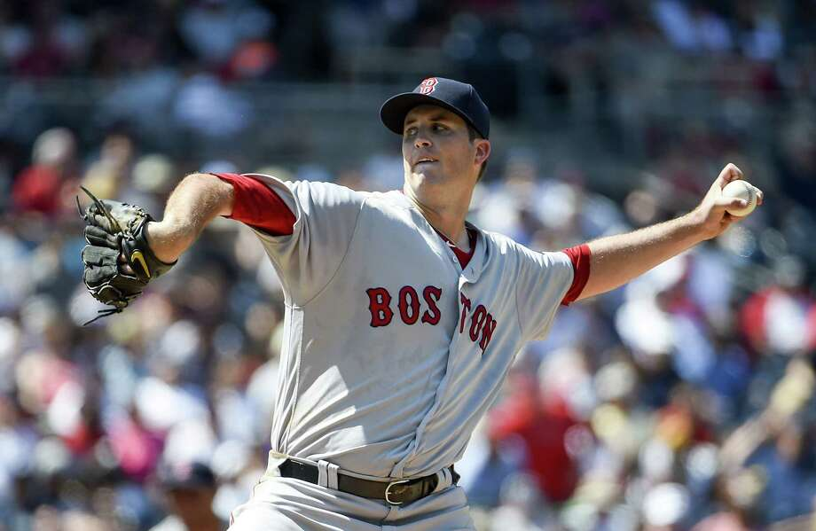 Buchholz shines as Red Sox gain share of AL East lead