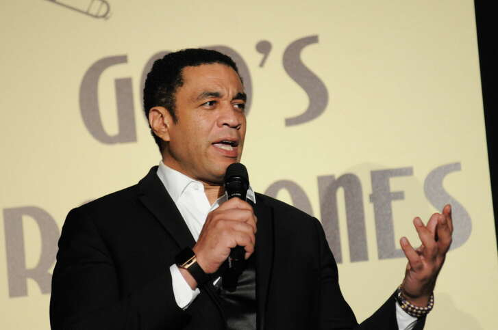 Harry Lennix received the award for actor of the year at the Ensemble Theatre gala.
