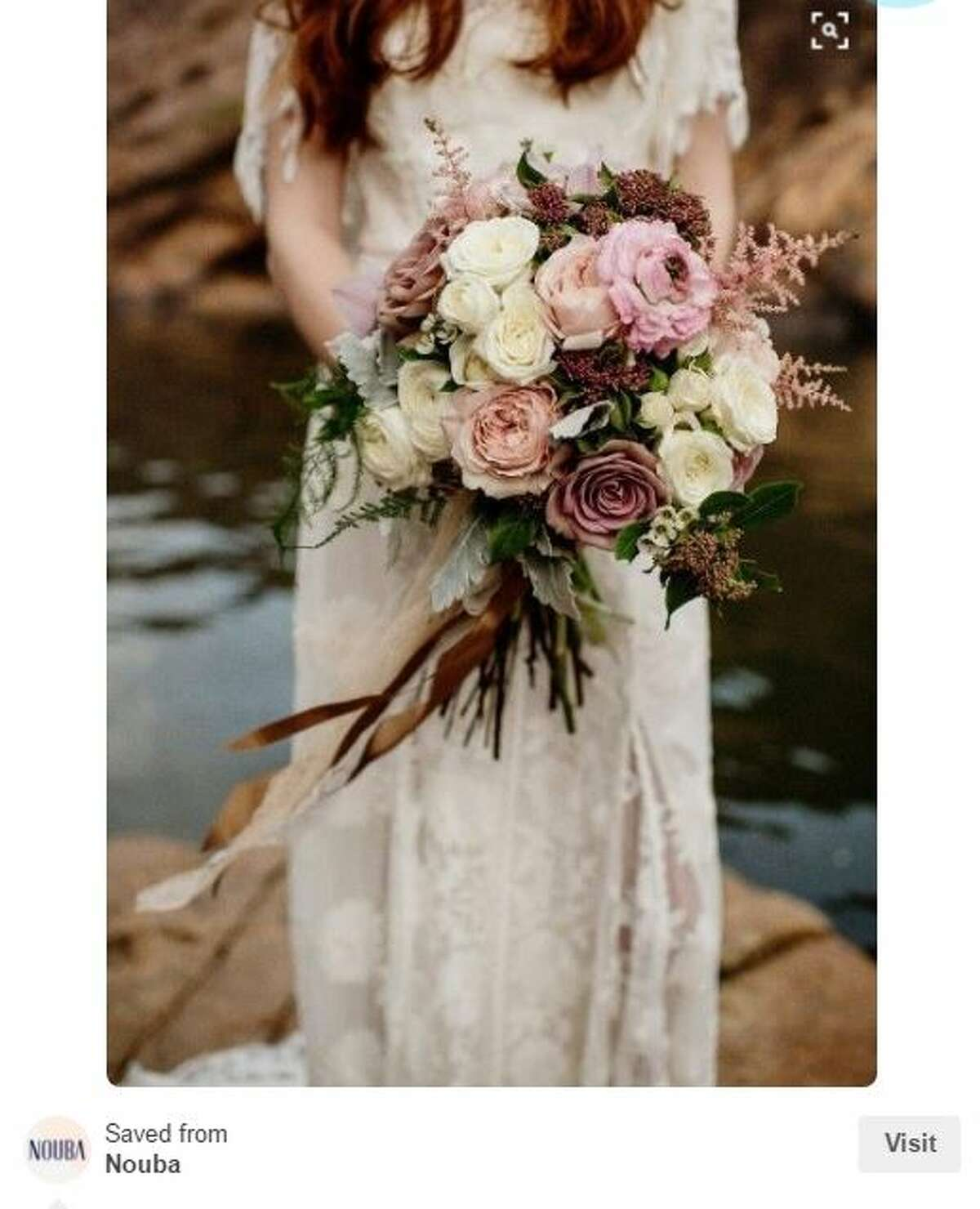 A blushing bouquet for a blushing bride Photo: Pinterest