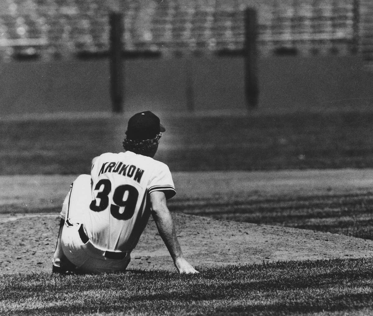 June 6, 1985: Mike Krukow of the San Francisco Giants stares into the outfield after giving up a two-run single.