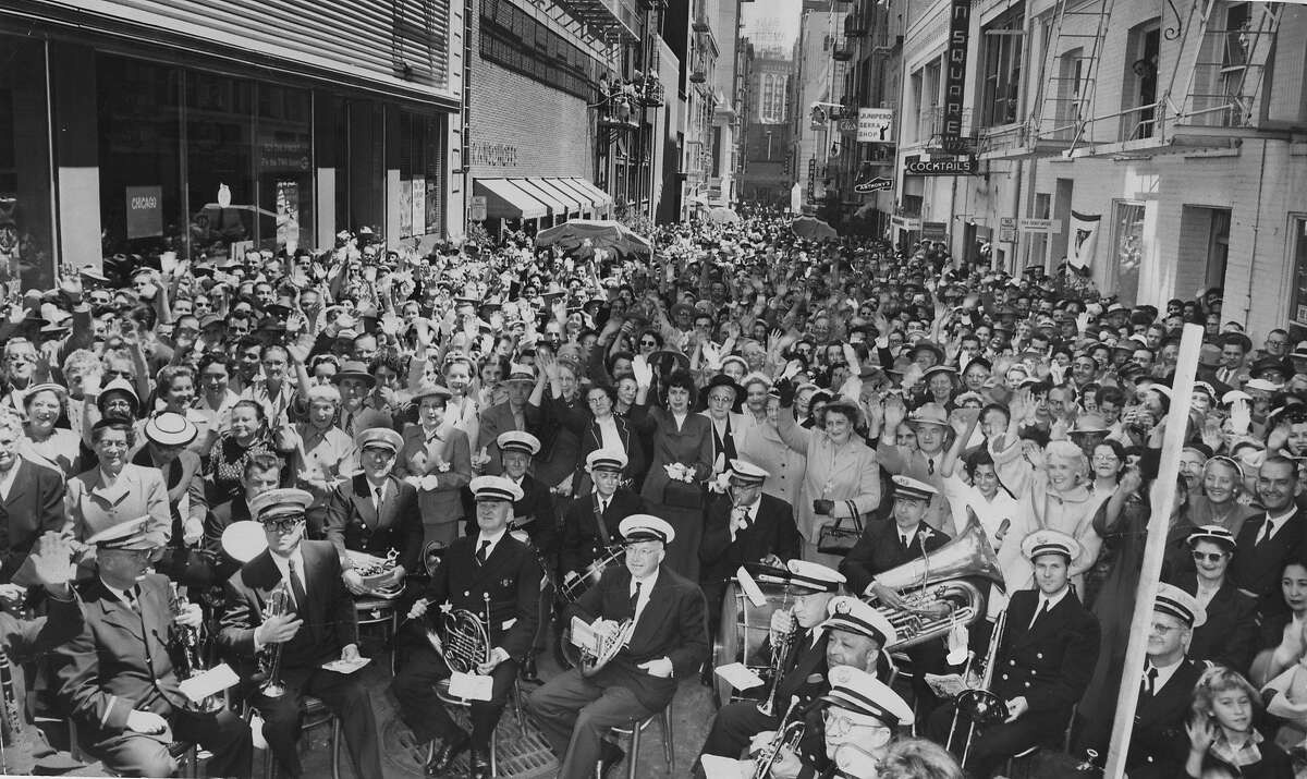 More than 4,000 people came out to celebrate the inauguration of Maiden Lane as a pedestrian-only street for 3 hours a day Photo ran 05/12/1955, p. 3