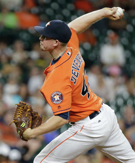 When pitching in relief this season, Chris Devenski has compiled a 1.49 ERA in 72 1/3 innings. Photo: Melissa Phillip, Staff / © 2016 Houston Chronicle