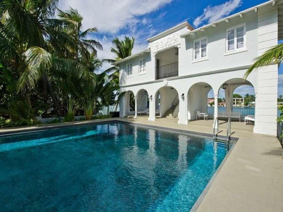 Al Capone's mansion  93 Palm Ave, Miami Beach, FL 33139  toptenrealestatedeals.com Photo: Toptenrealestatedeals.com