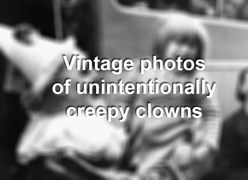 Clowns are very, very scary to some people. Downright creepy. And the clowns pictured in these vintage photos from the early 1900s are no exception. If you suffer from Coulrophobia - aka the fear of clowns - think twice about clicking ahead. You've been warned.