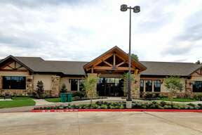 Taylor Morrison's clubhouse at Bonterra at Woodforest, the community for ages 55 and up.