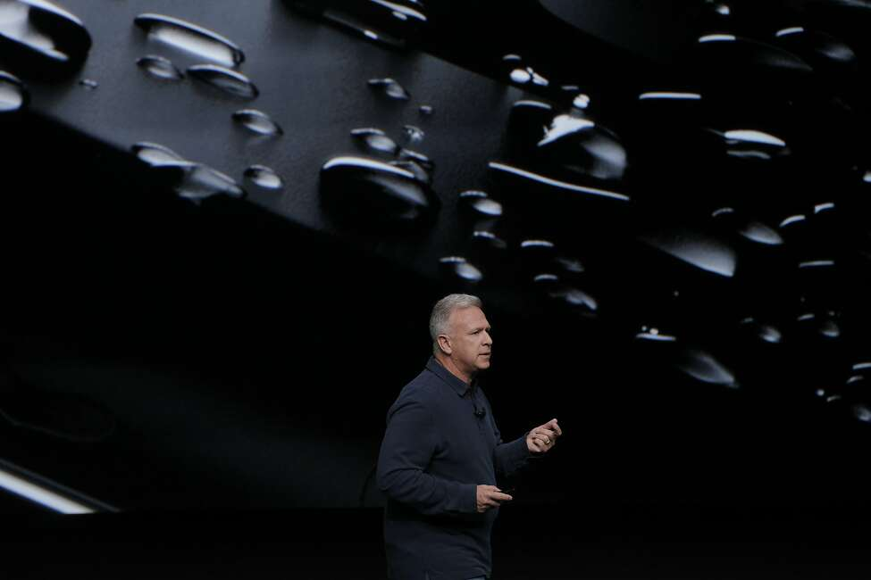 2. Water resistance Apple announced that the new iPhone 7 will be water- and dust-resistant.