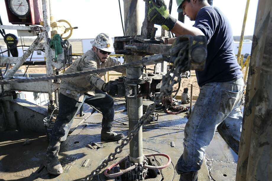 Sanchez Energy is selling 39,500 acres in the Eagle Ford for $105 million. Photo: San Antonio Express-News File Photo / © 2013 San Antonio Express-News