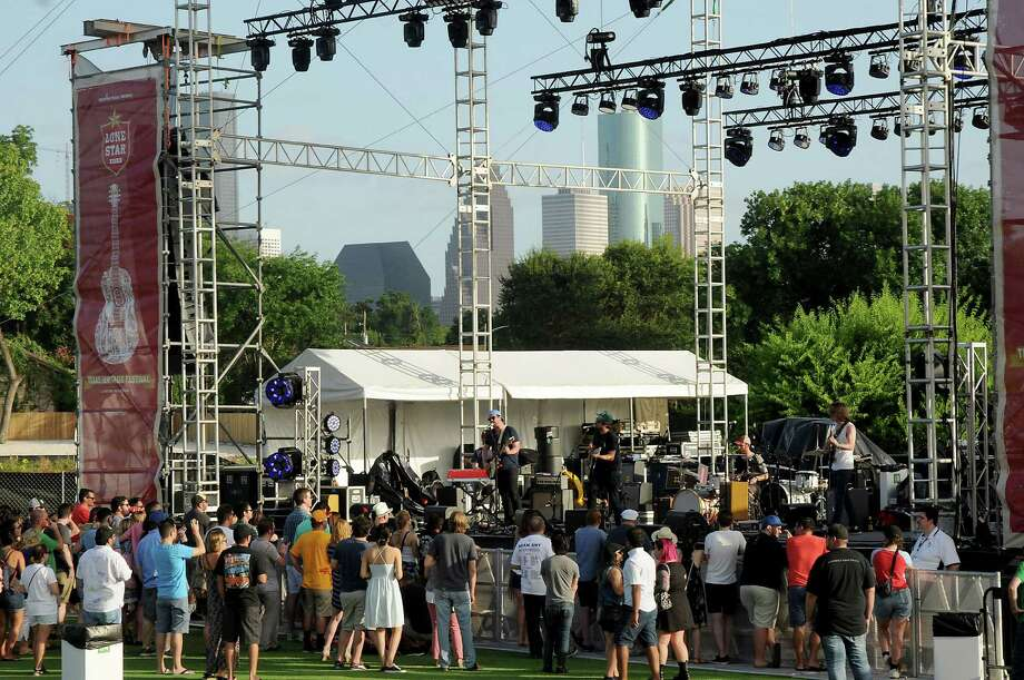 White Oak Music Hall has hosted a handful of outdoor concerts,  including the Lone Star Beer Texas Heritage Festivalin July. The music has been too loud for some residents in Near Northside.  Photo: Dave Rossman, Freelance / Dave Rossman