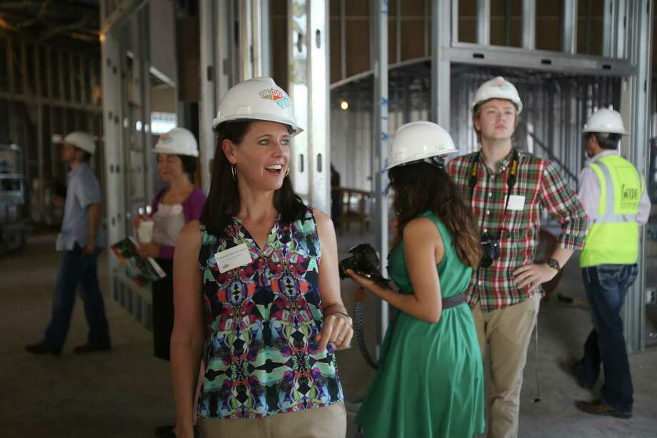 Vanessa Lacoss Hurd talks about plans for the DoSeum while the children's museum was under construction. Photo: Express-News File Photo / ©2014 San Antonio Express-News