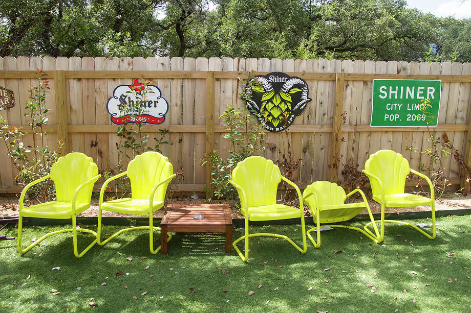 When the weather cooperates, the patio offers a nice place for dining al fresco, enjoying a cool beverage or playing a game of bean bag toss. Photo: Alma E. Hernandez /For The Express-News