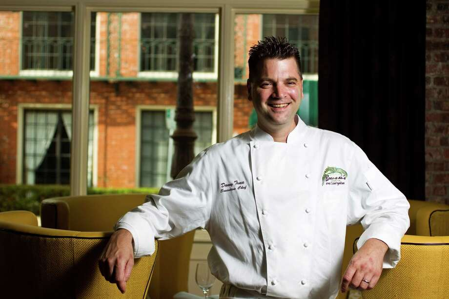 Danny Trace, former executive chef of Brennan's of Houston, is now executive chef of luxe Italian restaurant, Potente, and its sister trattoria, Osso & Kristalla, both owned by Houston Astros owner Jim Crane. Photo: Nick De La Torre, Staff / (C) 2010 Houston Chronicle