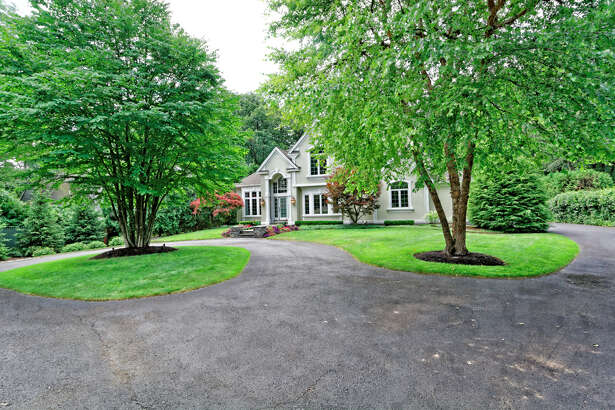 House of the Week: 22 Hills Rd., Loudonville |  Realtor:    Anthony Gucciardo  |  Discuss:   Talk about this house