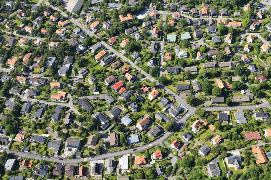 All-white neighborhoods are dwindling as America grows more diverse