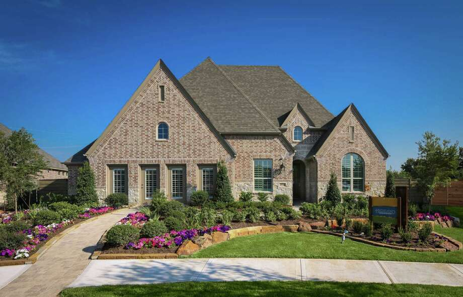 Elyson opens first two model homes houston chronicle for Two story model homes