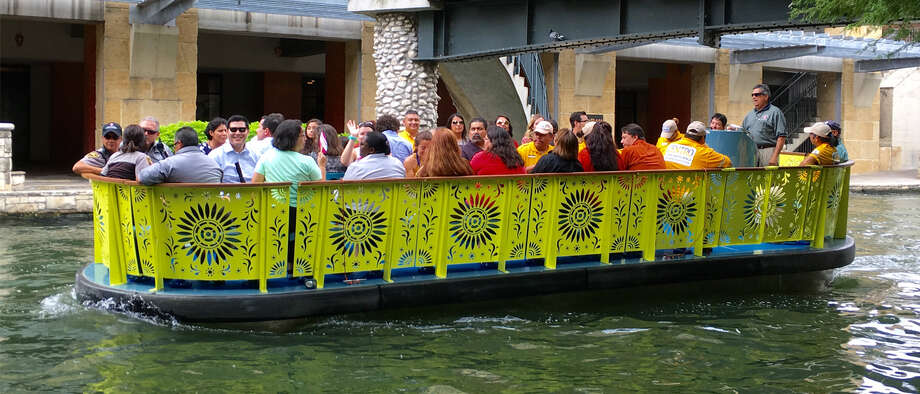 Entertainment Cruises, based in Chicago, is one of two finalists vying for the decade-long contract to operate the San Antonio River Walk's new fleet of barges. Once the favorite, their bid to win the contract may be in jeopardy as disparaging comments from a Chicago politician have reached the San Antonio City Council. Photo: RJ, Courtesy Photo