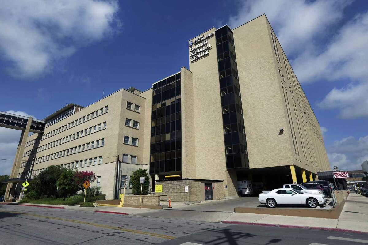 Baptist Medical Center , 111 Dallas St. Average time spent in the emergency room: Before patients receive a diagnostic exam: 42 minutes By patients admitted to the hospital: 342 minutes By patients discharged and sent home: 168 minutes