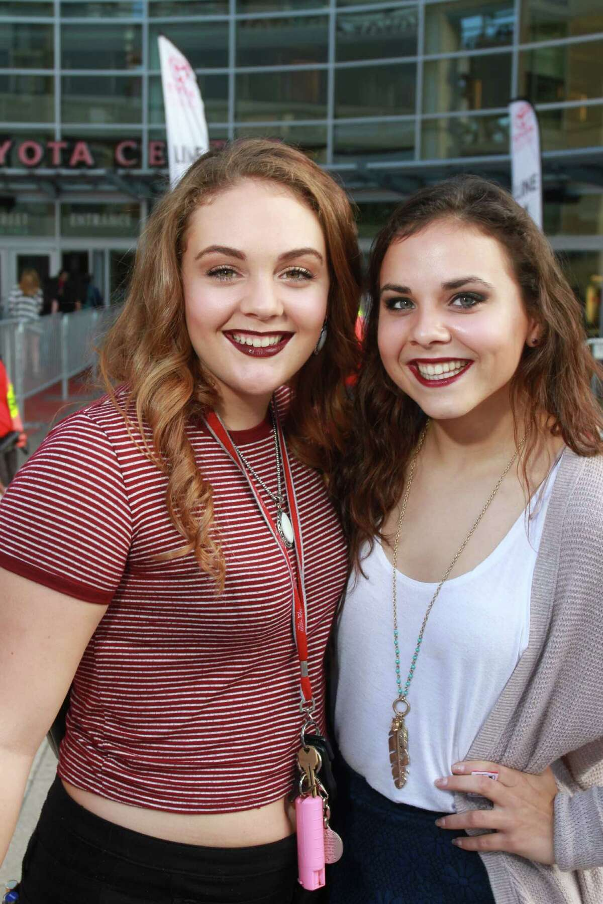 Fans attending the Demi Lovato and Nick Jonas concert at Toyota Center. (For the Chronicle/Gary Fountain, September 9, 2016)