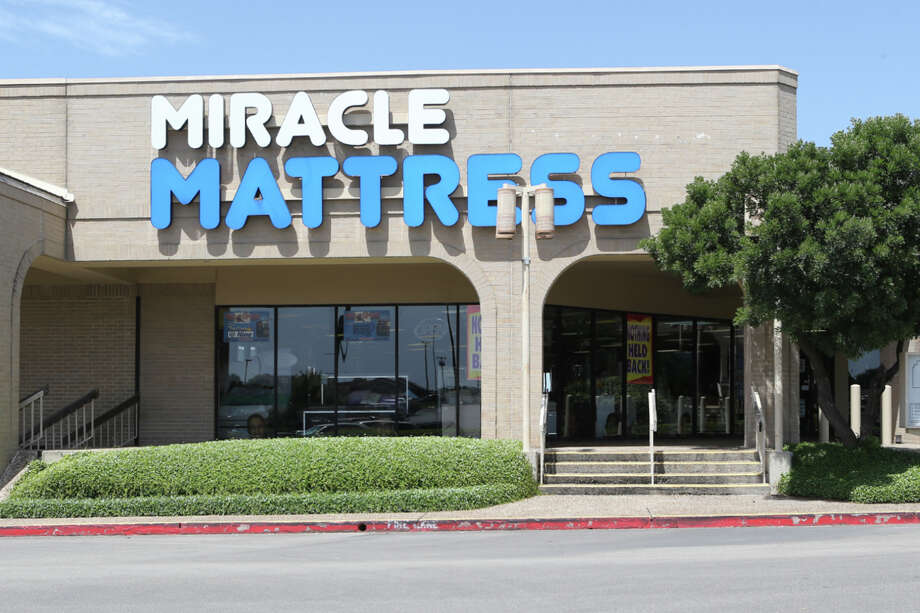"The Miracle Mattress store at 4945 Northwest Loop 410 on Friday, Sept. 9, 2016. Owner Mike Bonanno said Thursday the store will reopen ""as soon as possible"" with new employees after publishing a controversial advertisement about a 9/11-themed ""Twin Tower Sale."" Photo: Marvin Pfeiffer /San Antonio Express-News / Express-News 2016"